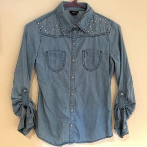 🌻  Rue 21 Jean style shirt with bling Sz Small